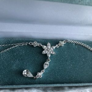 Jewelry - Necklace/Earring Set